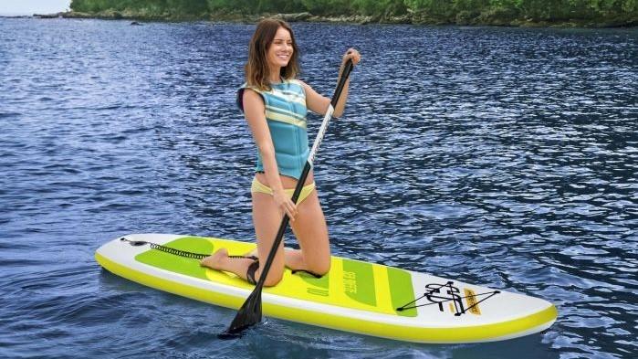 Vydejte se za Dobrodružstvím s Nafukovacími Prkny SUP (Stand Up Paddle Boards)